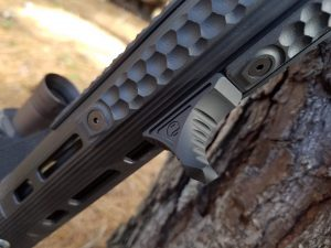 Ar-15 upgrades: Railscales Handguard